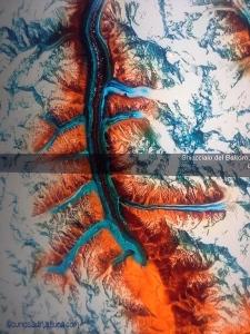 un ghiacciaio visto dal satellite